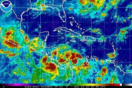 NOAA, Satelit Pelacak Kebakaran Hutan