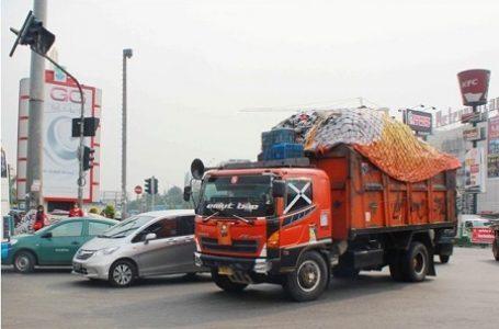 Pemkot Bekasi Minta Pemprov DKI Jakarta Disiplinkan Supir Truk Sampahnya