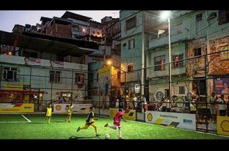 Hasilkan Energi Dari Gerakan Kaki Pemain Bola