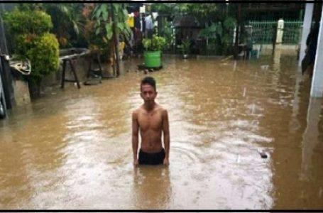 Banjir yang Terjadi di Kota Mamuju, Sulawesi Barat (Gambar: Sugiri)
