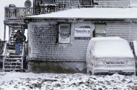 Badai Salju Terparah Melanda Negeri Paman Sam