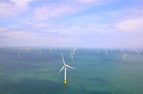 Rekor Penggunaan Energi Terbarukan dan Tahun Politik di Inggris