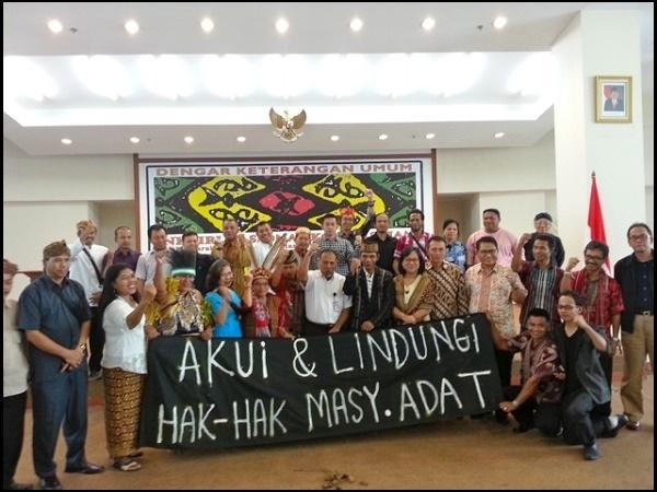 AMAN Menagih Janji Jokowi