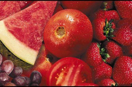 Keuntungan Mengonsumsi Buah & Sayur Berwarna Merah
