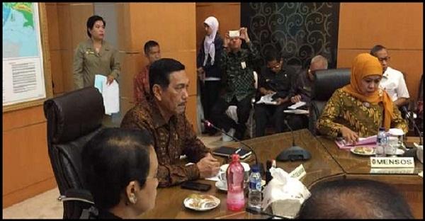 Para Menteri Bahas Dampak Lanjutan Bencana Asap Di Kantor Luhut