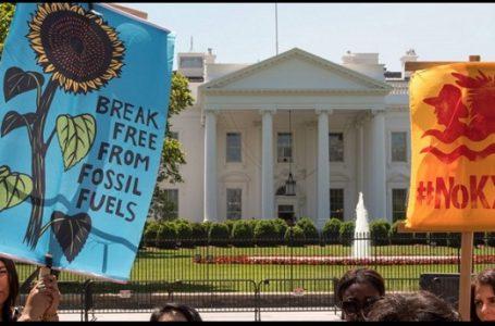 100 Hari Trump, Gedung Putih Dikerumuni Ribuan Aktivis Lingkungan