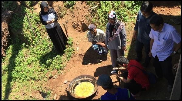 Pengelolaan Gula Semut Aren Organik Dikembangkan di Barru