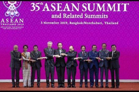 Para Pemimpin Negara se-ASEAN di KTT ASEAN ke-35, Bangkok (Gambar: CNN Indonesia)